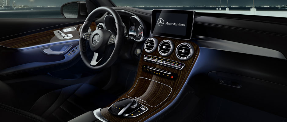 What are the 2018 Mercedes-Benz GLC Interior Features?