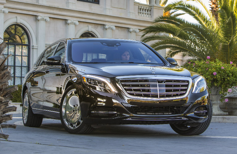 2017 Mercedes Maybach S600 And S550 4matic Features