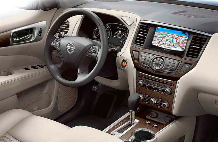 Infotainment system with navigation in Nissan Pathfinder