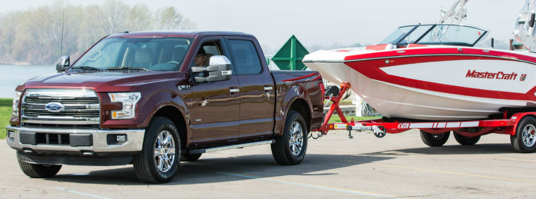 What are the towing capacities for Ford pickup trucks?