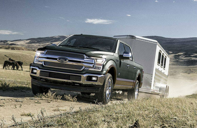 2018 ford f 150 delivers powerful tow ratings with multiple engine options. Black Bedroom Furniture Sets. Home Design Ideas
