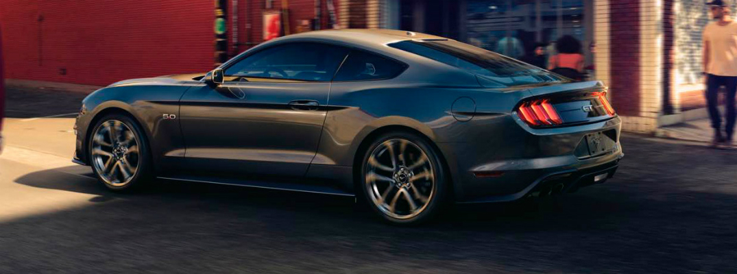 Performance and Engine Options of the 2018 Ford Mustang Exterior