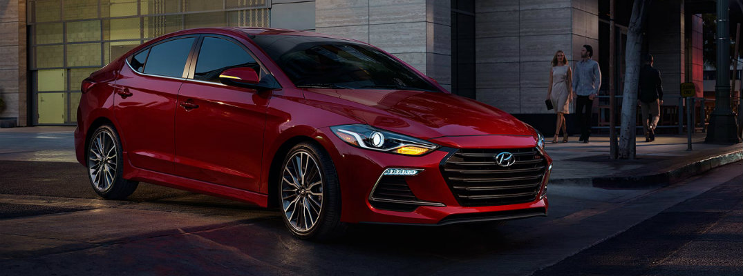 several hyundai models earn iihs top safety pick honors. Black Bedroom Furniture Sets. Home Design Ideas