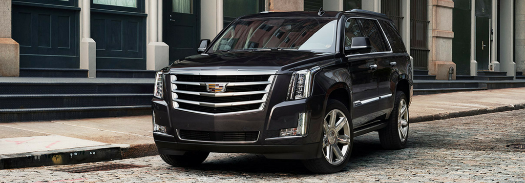 2017 Cadillac Escalade front sideview