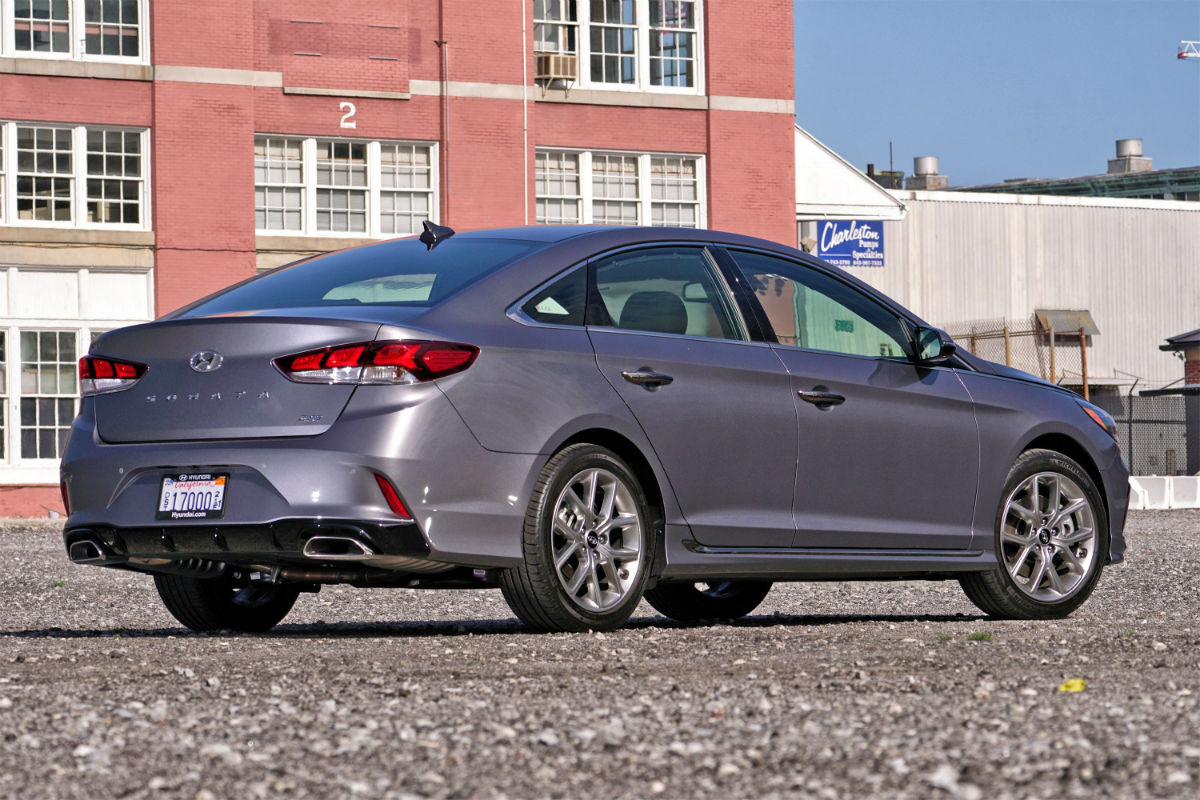 2018 hyundai sonata sedan safety ratings features. Black Bedroom Furniture Sets. Home Design Ideas