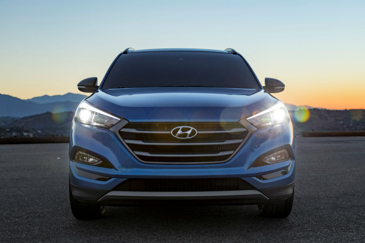 2018 hyundai tucson crossover specs features. Black Bedroom Furniture Sets. Home Design Ideas