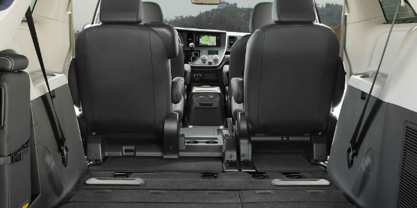 2017 toyota sienna release date specs and changes. Black Bedroom Furniture Sets. Home Design Ideas