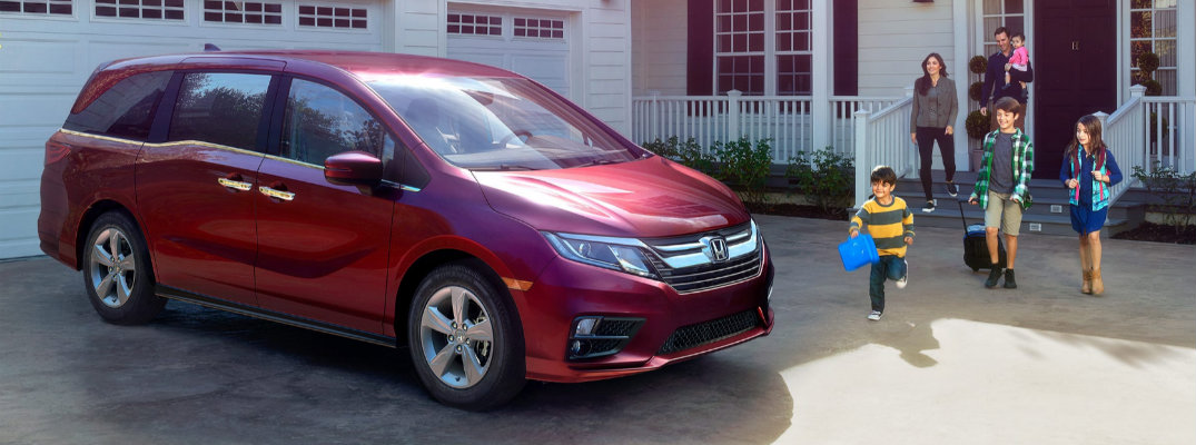 Does the 2018 Honda Odyssey have Apple CarPlay?