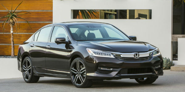 Exterior View of the 2017 Honda Accord in Grey