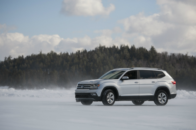 features    volkswagen atlas