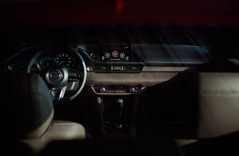 Does the 2018 Mazda6 Have Apple CarPlay or Android Auto?