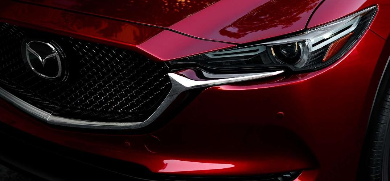 2019 Mazda CX-5 Grand Touring Reserve front quarter grille