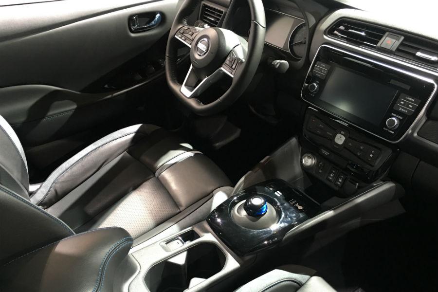 2018 Nissan LEAF Interior At Cas 2018