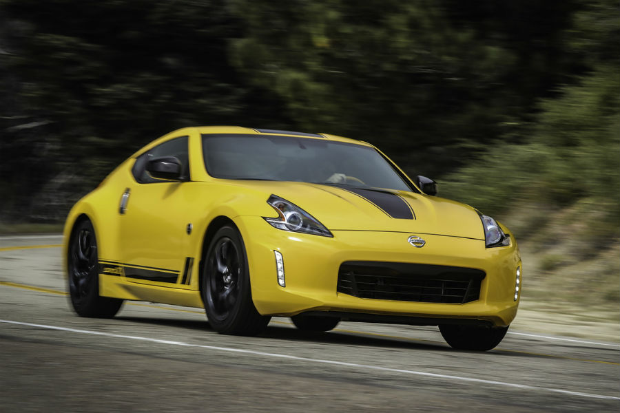 2018 Nissan 370Z Coupe In Yellow Heritage Edition Coloring