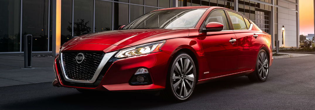 2019 Nissan Altima front and side profile