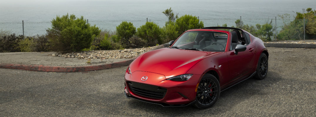 A front left quarter photo of the 2019 Mazda MX-5 Miata.
