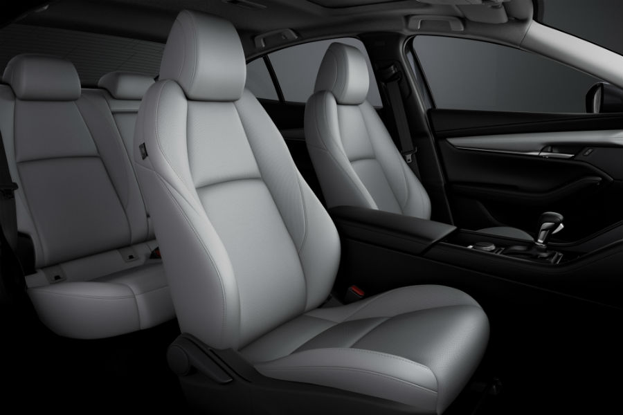 A photo of the seating arrangement in the sedan version of the 2019 Mazda3.