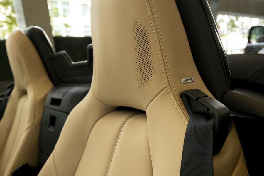 2019-Mazda-MX-5-Miata-Blue-Interior-Cabin-Seating