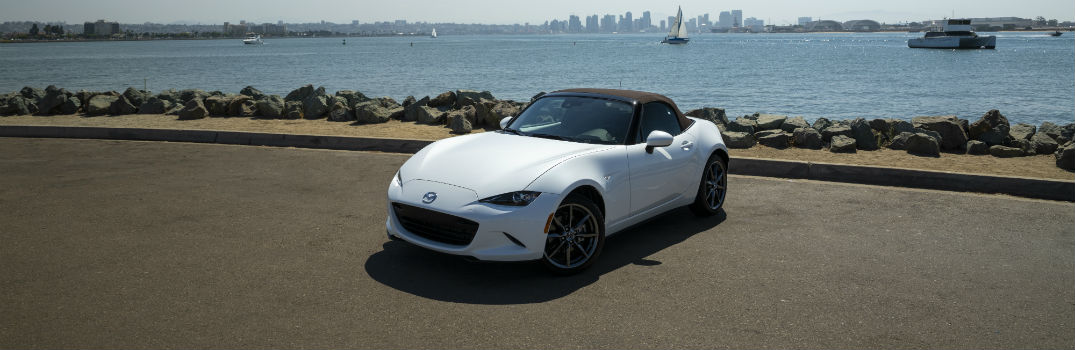 Pictures of the 2019 Mazda MX-5 Miata