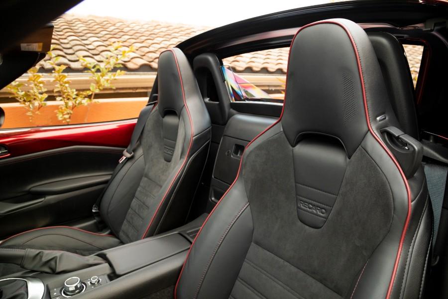 2019-Mazda-MX-5-Miata-Red-Interior-Cabin-Seating