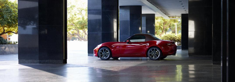 When does the 2019 Mazda MX-5 Miata come out?
