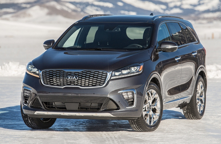 2019 Kia Sorento parked outside in the snow