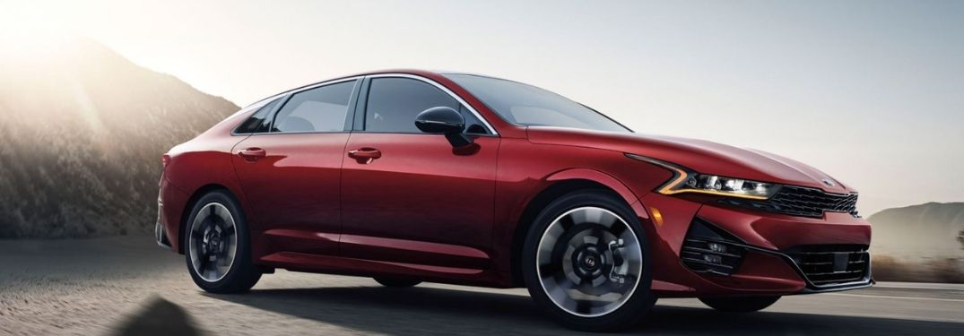 2021 Kia K5 driving side view of the front