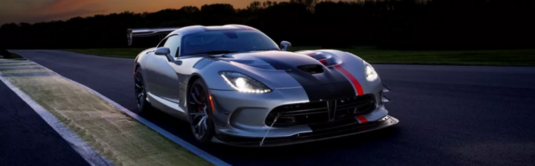 The 2016 Dodge Viper ACR is Lightning Fast