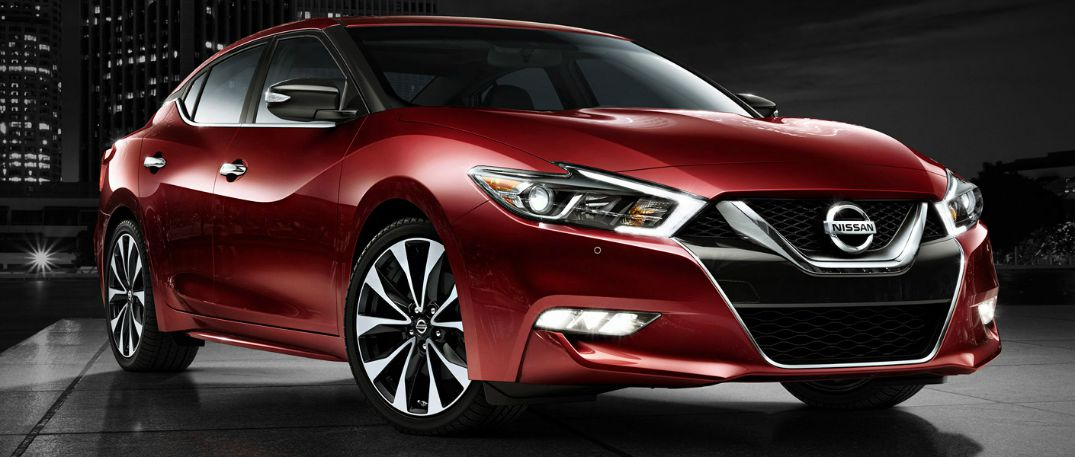 2016 Nissan Maxima's new, bold exterior and interior colors