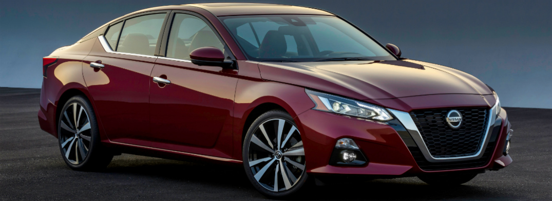 Front View of Maroon 2019 Nissan Altima