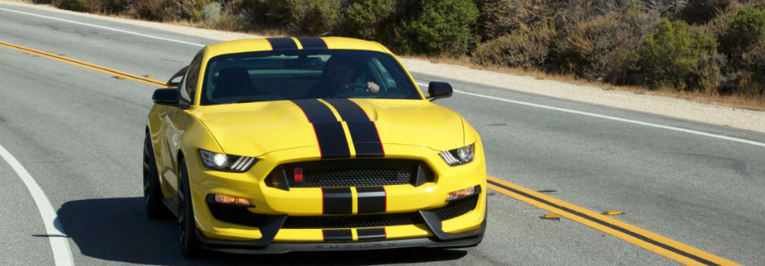 Ford Mustang Shelby GT350R named 2016 Performance Car of the Year!