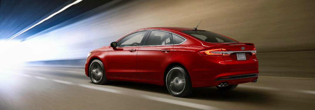 How many engines does Ford offer on the 2017 Fusion