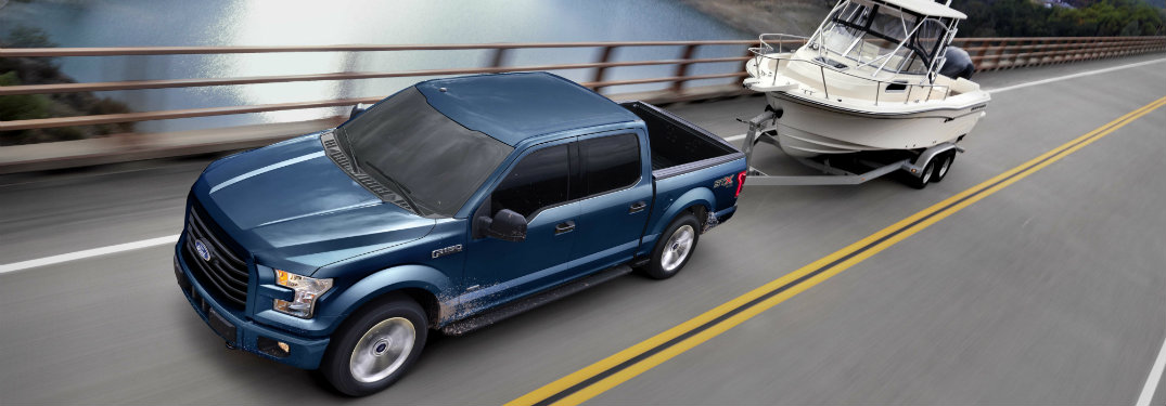 What are the fuel economy ratings on the 2017 Ford F-150?