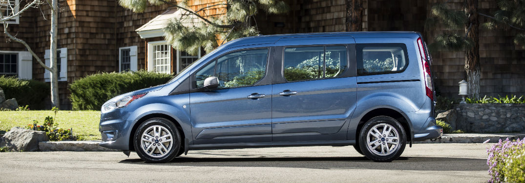 side view of a blue 2019 Ford Transit Connect Wagon