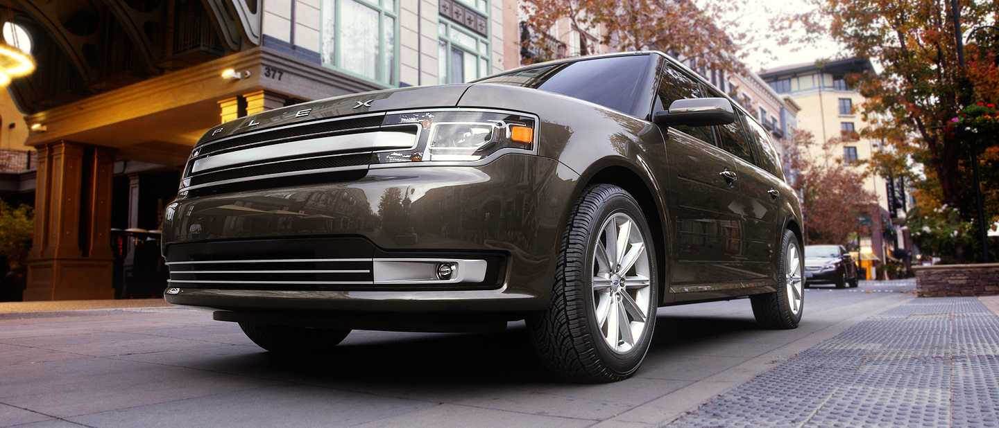 Pictures of All Nine 2019 Ford Flex Exterior Color Options