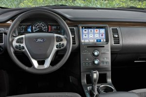 driver dash and infotainment system in a 2019 Ford Flex