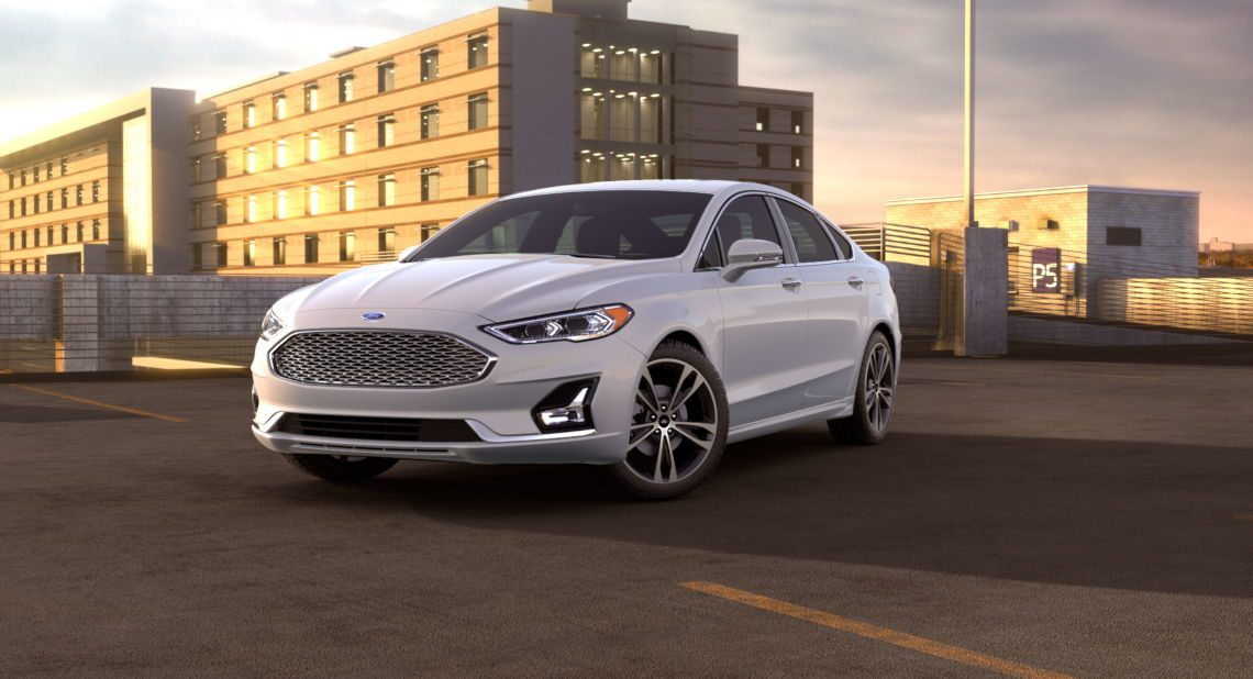 2019-Ford-Fusion-White-Platinum-Exterior-Color_o