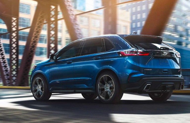 2019 Ford Edge driving on bridge