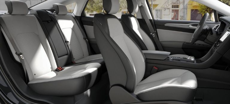 2019 Ford Fusion Putty Cloth/Vinyl Seats