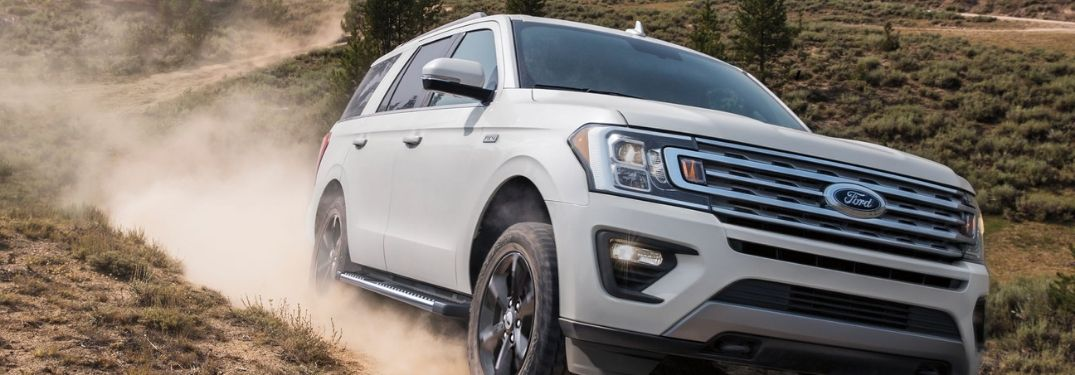 2019 Ford Expedition on trail