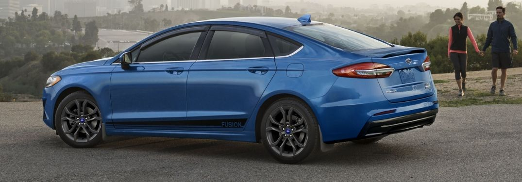 2020 Ford Fusion in Velocity Blue