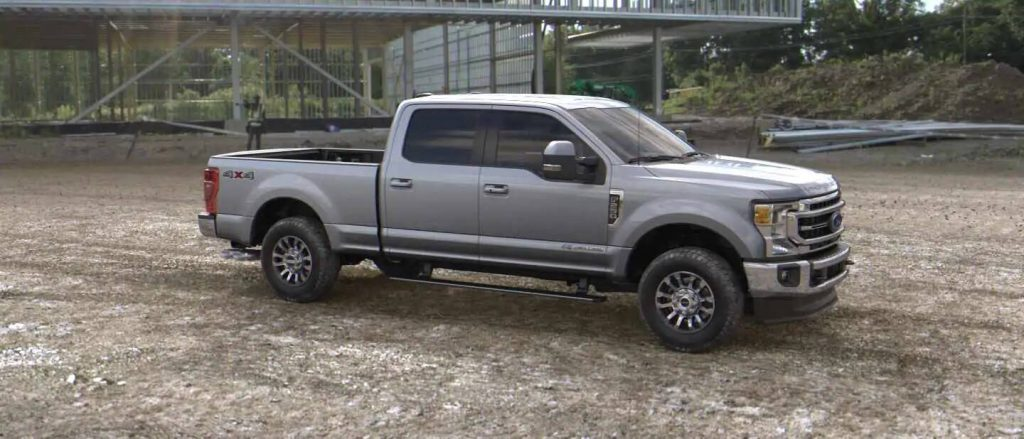 2020 Ford Super Duty in Iconic Silver