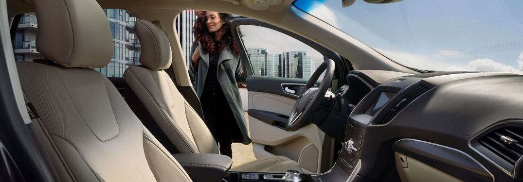 2020 Ford Edge interior front seats