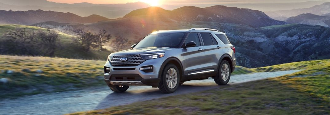 2020 Ford Explorer with scenic mountain background