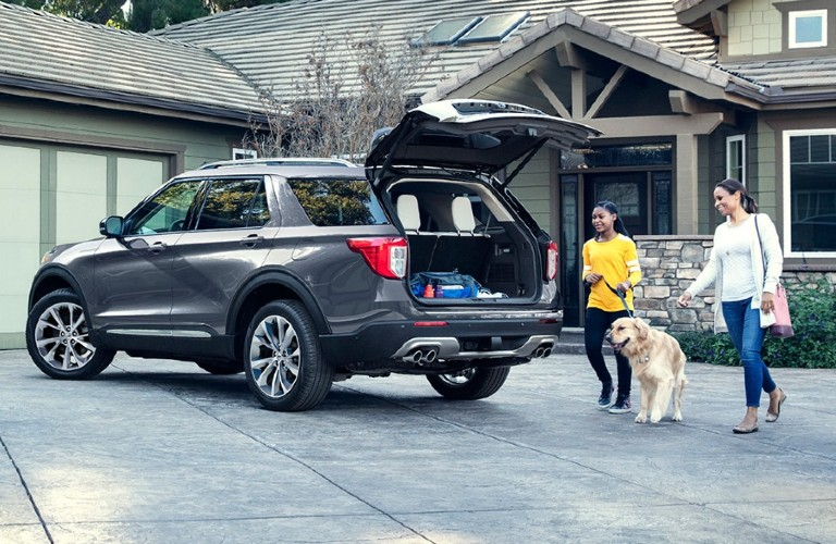 2021 Ford Explorer with rear cargo hatch open