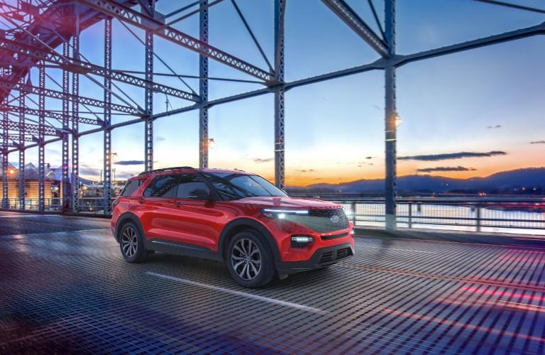 2021 Ford Explorer Enthusiast ST on city bridge