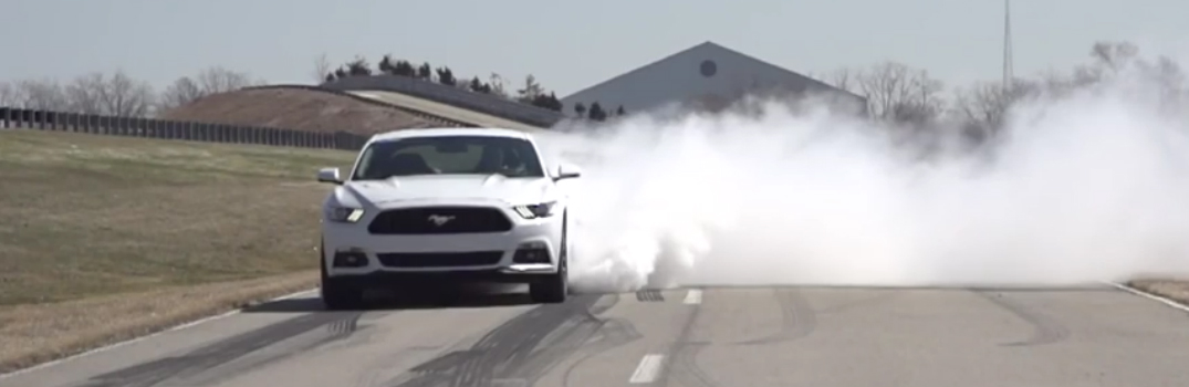 2015-ford-mustang-gt-electronic-line-lock-feature-burnout-drag-racing