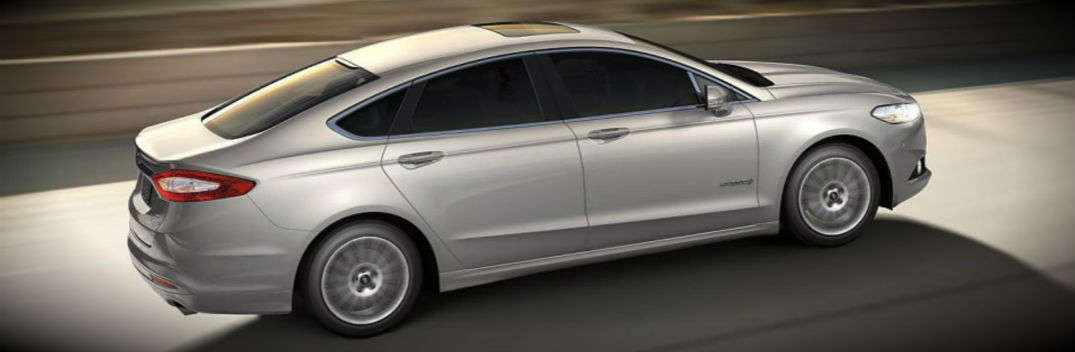 2015 Ford Fusion Named Best Hybrid Car for Families