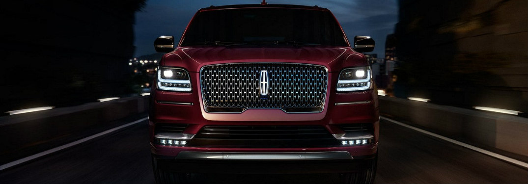 2018 Lincoln Navigator exterior front grille and headlights