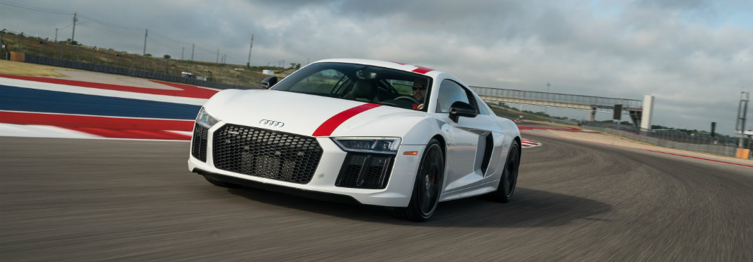 front-side-view-of-2018-Audi-R8-RWS-on-racetrack